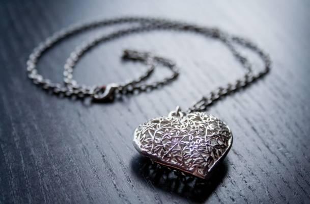 offrir pendentif coeur pour déclarer sa flamme