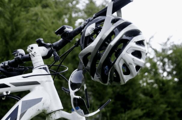 équipement pour faire du vélo